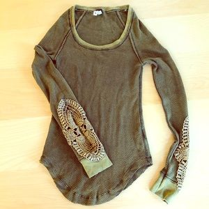 We The Free - Synergy Cuff Thermal Olive